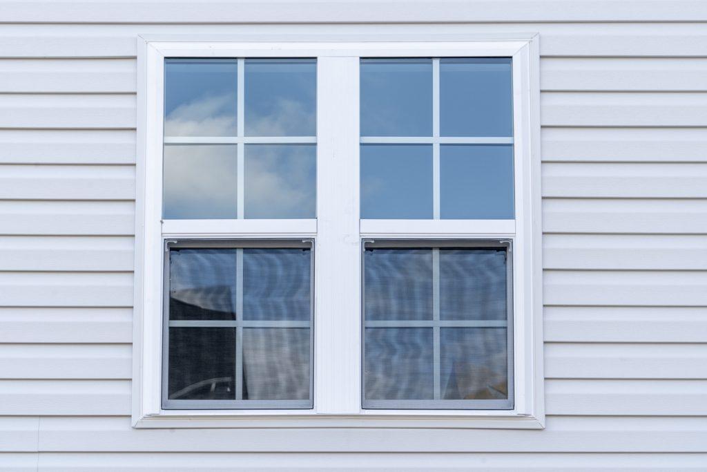 Vinyl windows on house in Kelowna